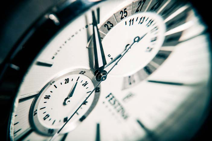 decidir-tarifa-como-freelance-por-hora-por-proyecto-que-implica-por-hora